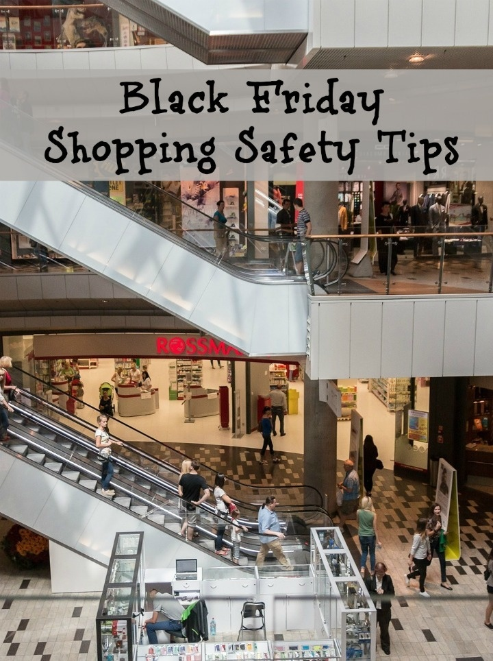 If you're planning to hit the malls on the biggest shopping day of the year, check out these Black Friday shopping safety tips to keep you safe!