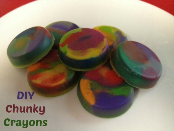 Summer Craft for Kids: DIY Recycled Chunky Crayon Discs