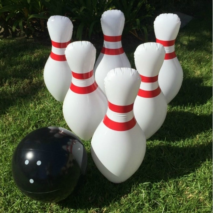 Backyard Summer Pary Games: Giant Bowling