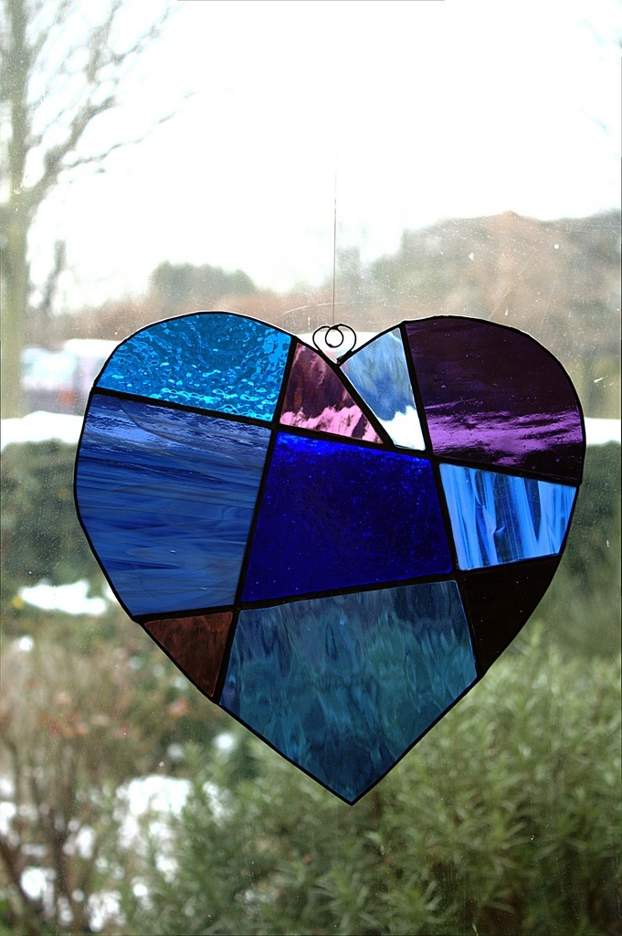 Valentine's Day activities for toddlers: Heart Suncatchers