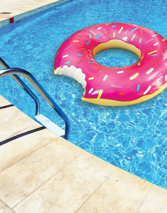 Backyard Summer Party Games Ideas: Inflateable Donut Game