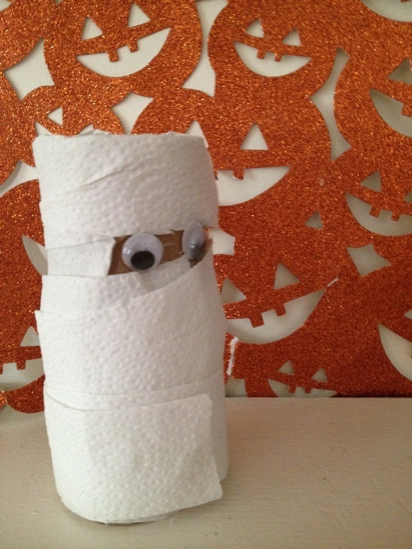 Halloween Crafts for Kids: Repurposed Toilet Paper Roll Mummy