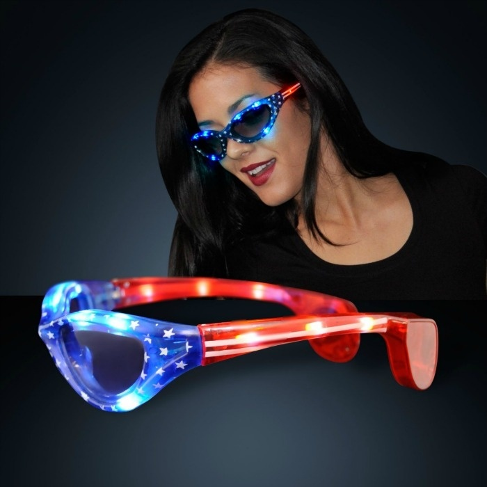 Fourth Of July Glow Party Ideas For Teens: Stars and Stripes Glasses