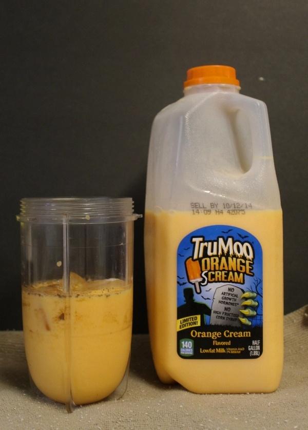 Screaming Orange Halloween Party Drink for Kids  #TruMooTreats