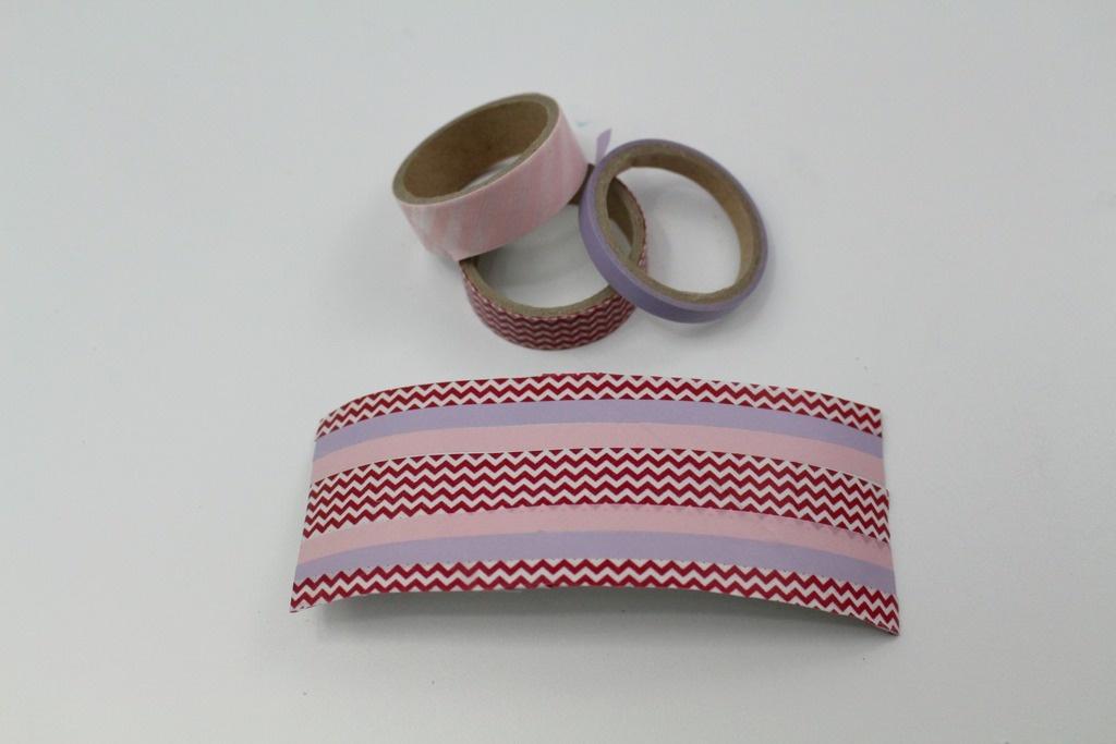 DIY Valentine's Day cuff bracelet, first start taping!