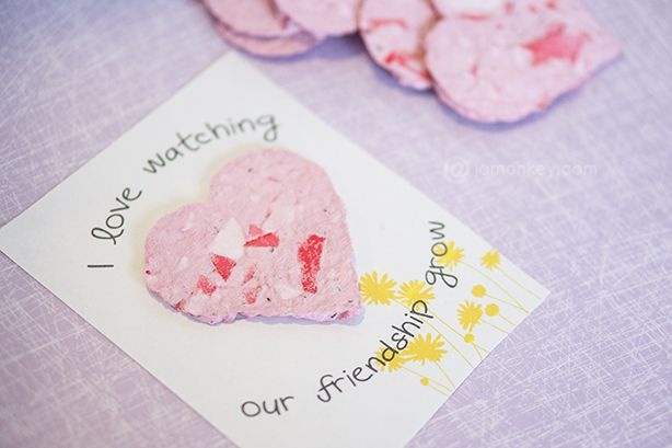 Valentine's day Crafts for kids: Recylced Paper Seed Cards