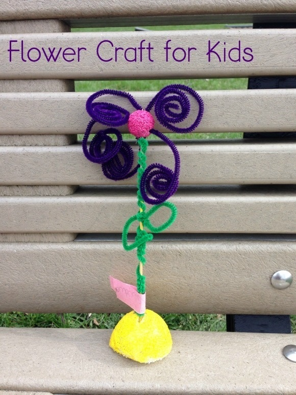Spring Flower Craft for Kids with pipecleaners