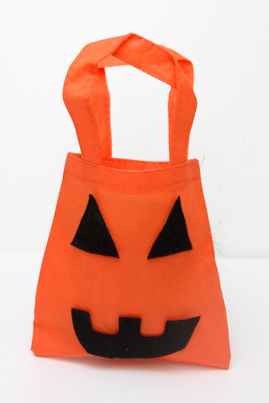 Scare up Some Fun With Mini Halloween Bags Craft for Kids| Jack O Lantern Bag