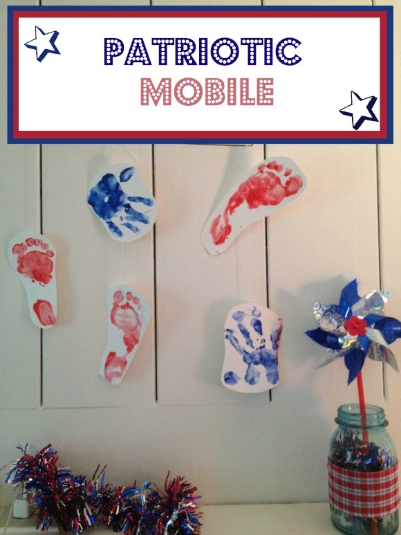 4th of July Crafts for Kids: Patriotic Mobile