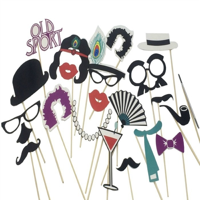 Roaring 20s Prom Night Party Ideas: Photo Booth Props