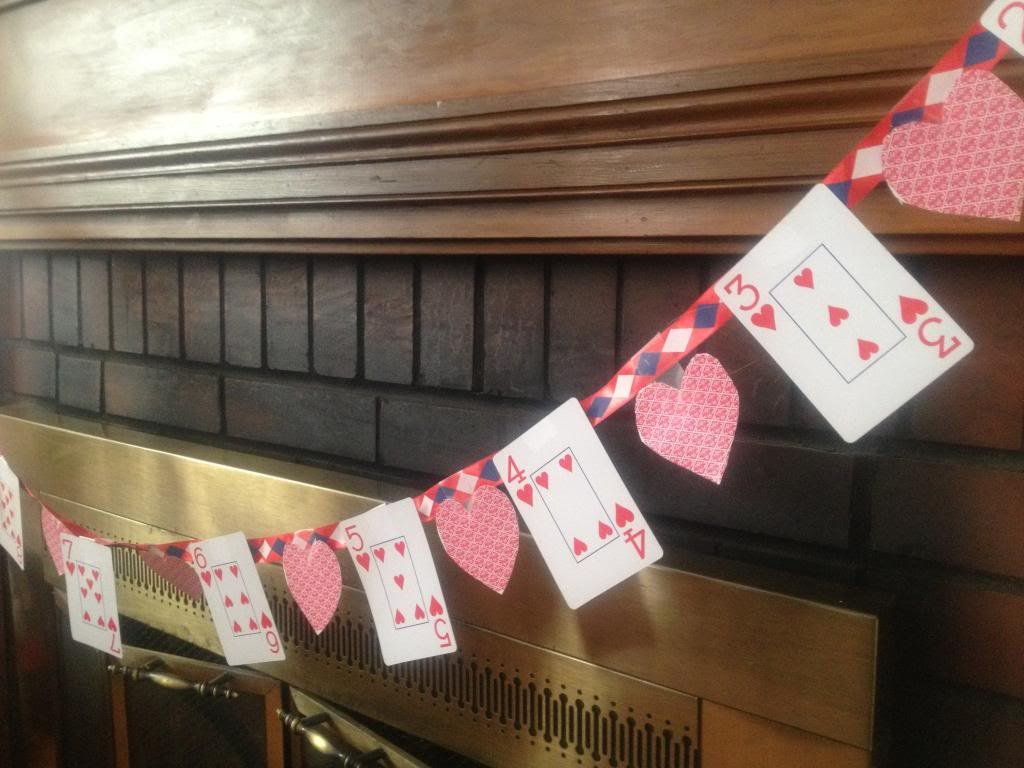 Valentine's day craft for kids: Playing Car Banner