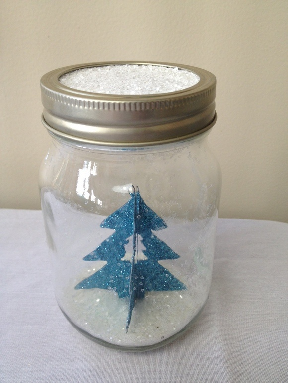 Holiday Craft for Kids: Waterless Winter Snow Globe